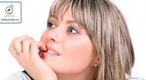 جویدن ناخن یا کندن پوست لب : عادتهای اضطرابی را بهتر بشناسیم